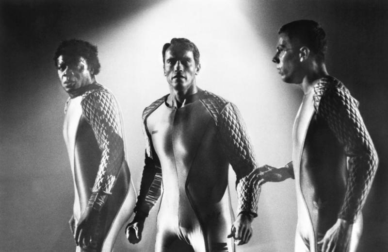 Arnold Schwarzenegger, Yaphet Kotto, and Marvin J. McIntyre in The Running Man (1987)
