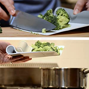 scooper in flat position with broccoli on top, scooper in folded position carrying broccoli