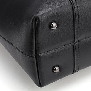 Bottom Rivet Protection