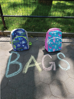 wholesale backpacks in bulk of 100 jansport for school for kids 17 inch for boys sold by Amazon girl
