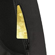 With a hidden anti theft pocket on the back protect your valuable items from thieves