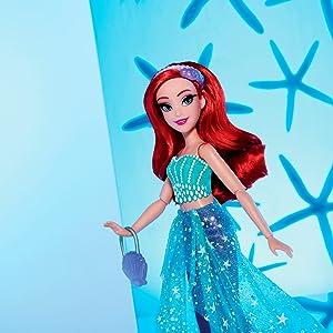 Série de estilo Disney;  princesa da Disney;  boneca ariel;  o pequeno filme da sereia;  brinquedo ariel;  brinquedos para menina