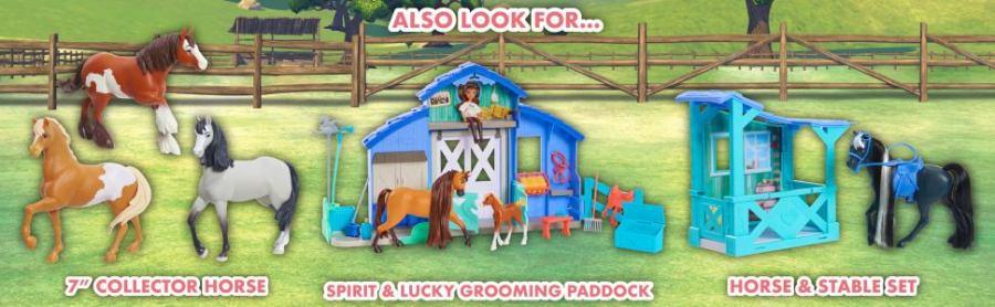 """Procure também o cavalo de colecionador de 7 """", o paddock do espírito e da sorte, o cavalo e o estábulo"""