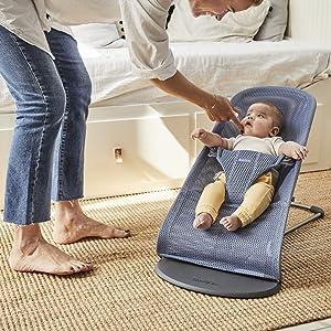O design leve torna mais fácil ter um bebê sempre perto de você - esteja você se preparando d