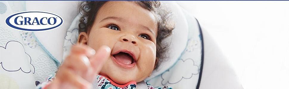 bebê feliz