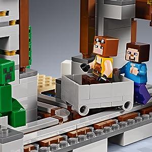 LEGO Minecraft The Creeper Mine