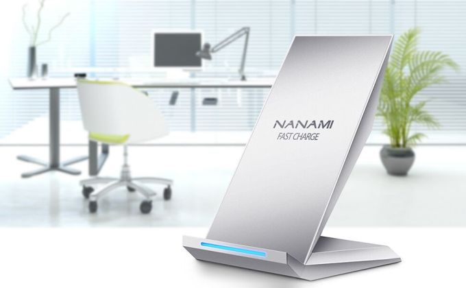 NANAMI 10W 急速 ワイヤレス充電器 2コイル Quick Charge 2.0 3.0 Qi認証済み ワイヤレスチャージャー 置くだけ充電 iPhone X/iPhone XS/iPhone XR/iPhone XS Max/iPhone 8/iPhone 8 Plus、Galaxy S10 /S10e /S9/S9 Plus/Note9/Note8/S8/S8 Plus/S7/S7 Edge/Note 5/S6 Edge Plus、他Qi対応機種 qi 充電器 (銀)