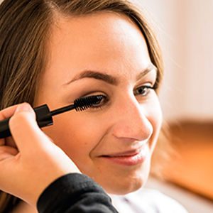 Eye mascara will help you get sky high lashes without irritating your eyes