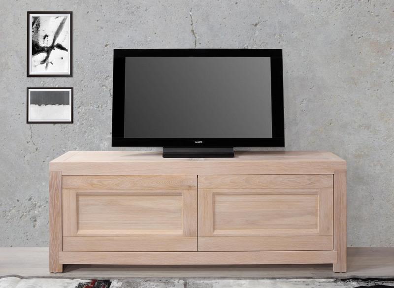 meuble tv 2 portes nahel realise en chene massif de style contemporain