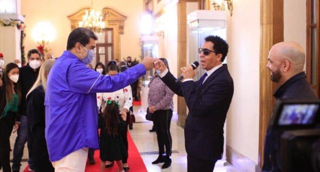 Nicol%C3%A1s Maduro y Bonny Cepeda - Bonny Cepeda reveló la desbordante cifra que le pagó Maduro por cantarle en privado (Video) LaPatilla.com