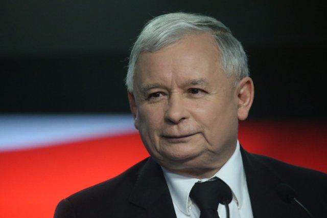 Prawo i Sprawiedliwość ociepla wizerunek prezesa Kaczyńskiego. Powraca do starych (i sprawdzonych) metod z kampanii 2010 r.