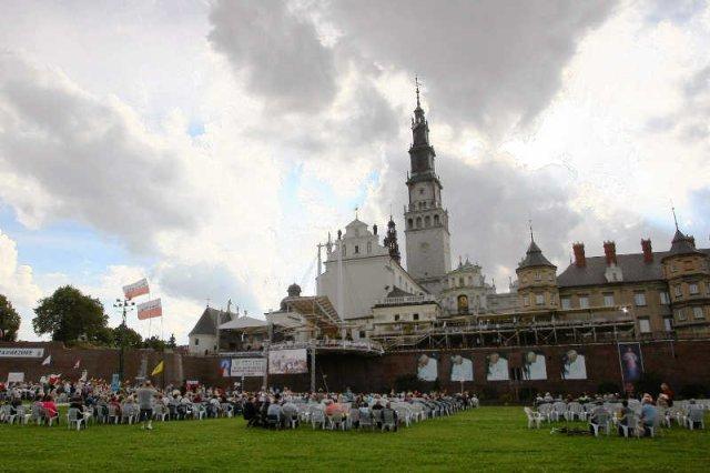 Lewica wygrała w Wadowicach i Częstochowie, miastach-symbolach polskiego katolicyzmu.