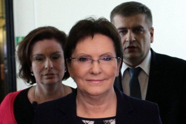 Rząd Ewy Kopacz chce, by w 2016 roku wysokość płacy minimalnej była o 100 zł wyższa niż obecnie