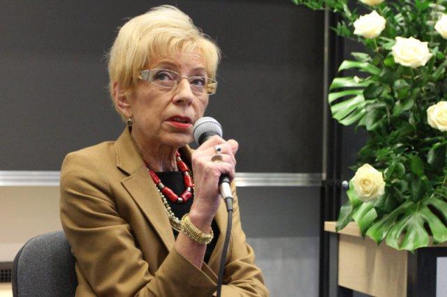 """Jak pisze """"Wprost"""", Janina Paradowska spędziła na przyjęciu urodzinowym Sławomira Nowaka """"dobre dwie godziny"""""""