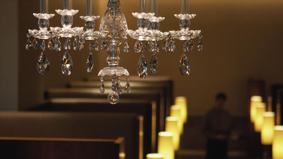 the airport luxury lounge showdown wsj