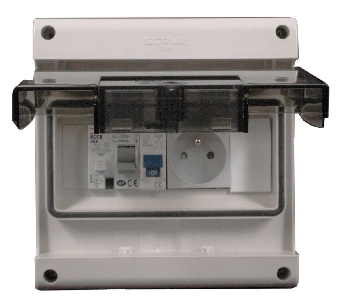 Tableau Electrique Equipe Et Precable Etanche Debflex 1 Rangee 8 Modules Leroy Merlin