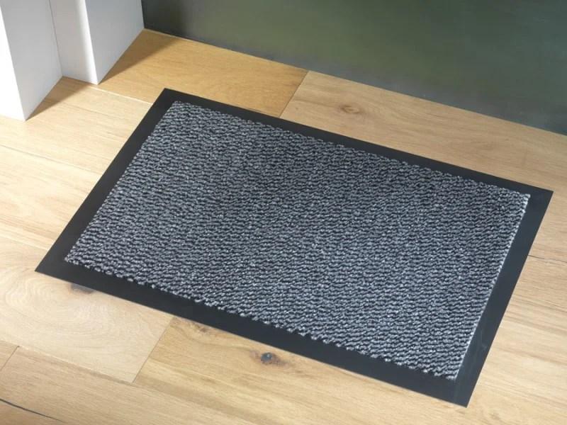 tapis d entree gris l 90 cm x l 150 cm