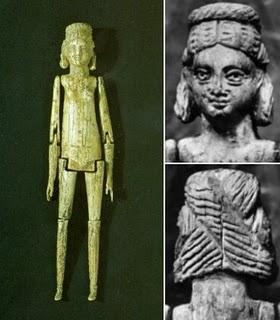 Resultado de imagen de muñecas de madera antiguas