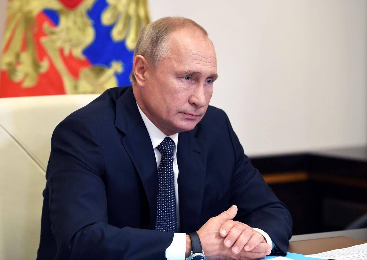 La Russie a développé le «premier» vaccin, annonce Poutine