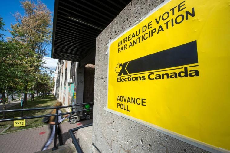 Les bulletins de vote par la poste ne seront pas comptés avant mardi