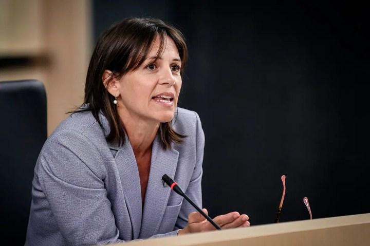 Bagarres dans la LHJMQ: la ministre Charest durcit le ton