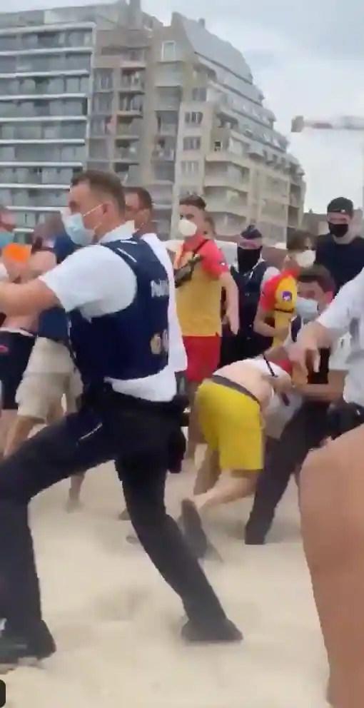 Émeute sur une plage belge à cause des mesures imposées contre la pandémie