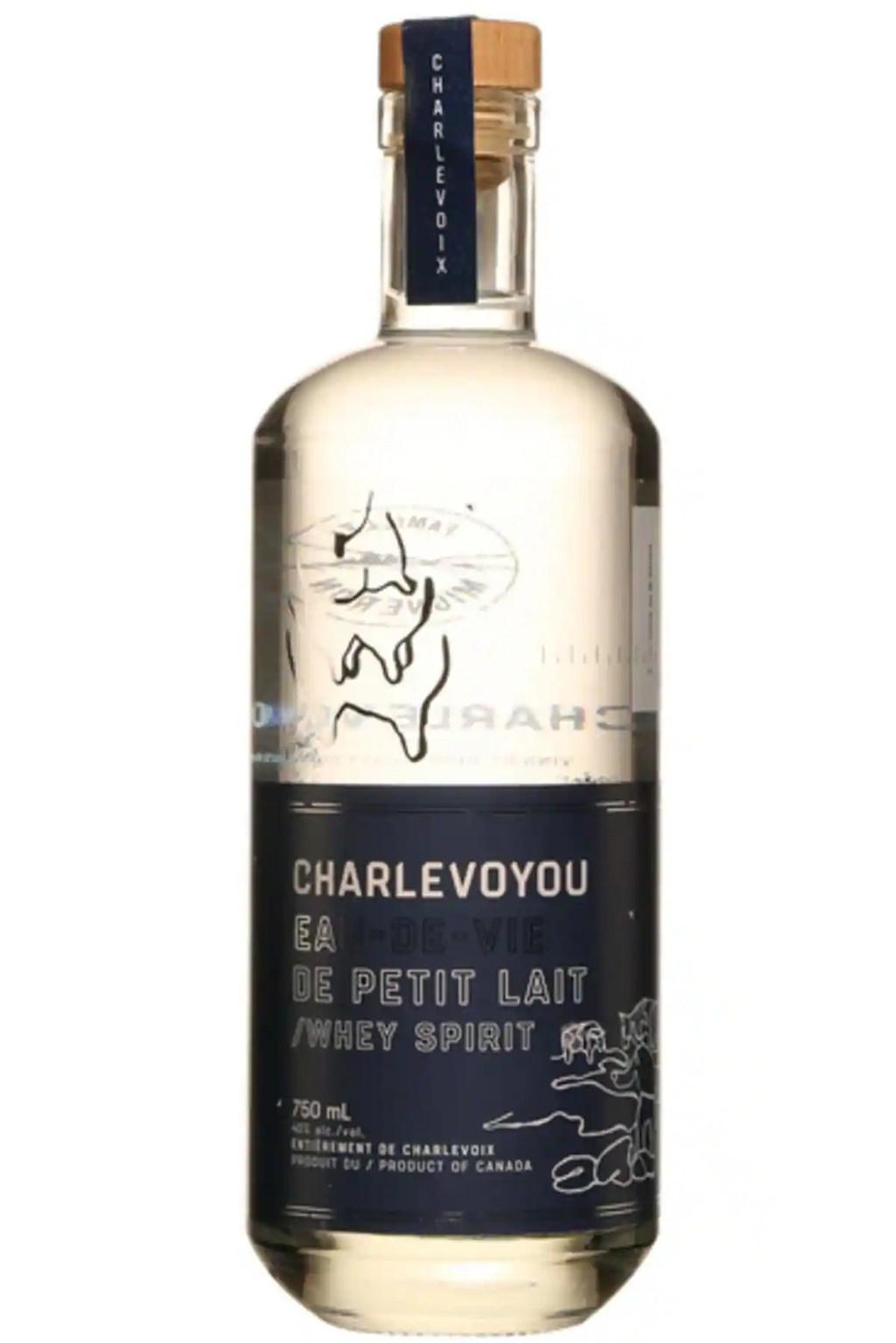 Charlevoyou: une eau-de-vie faite à partir de petit-lait!
