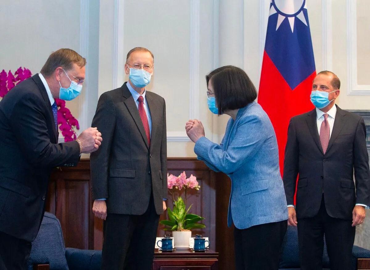 Taïwan: la présidente Tsai Ing-wen reçoit un ministre américain