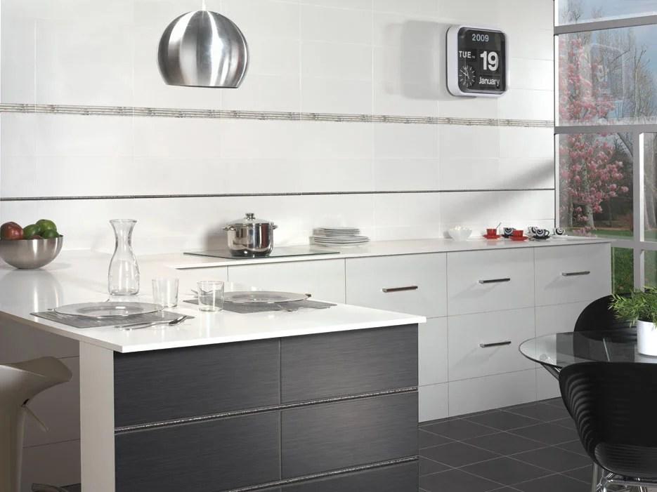 faience mur forte bois gris clair satine l 20 x l 50 cm sidney