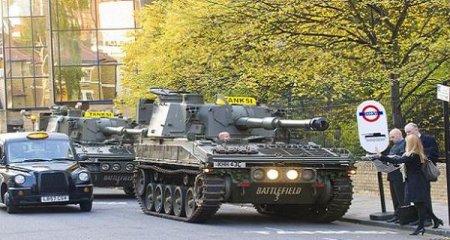 Авто-факт: в Лондоне появилось такси-танк