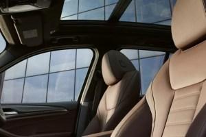 BMW16105848607677iX3-Gallery-3