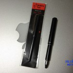 WalkiePenは小さなリング式メモ帳にも挟める極小ペン