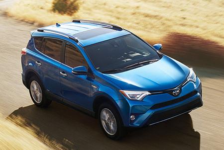 2016-Toyota-RAV4-Front