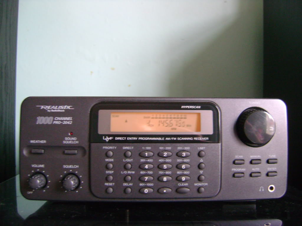 Realistic pro 2042 radio scanner review, I bought this scanner 1st time  around when I was 14 years old, I got it for Christmas and had it for a  couple of ...