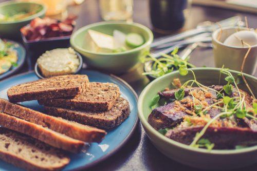 朗報「うつ病」治療に食生活改善が効果があるかも?