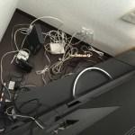 スッキリ!「テレビ裏収納ラック 」で テレビの裏のデットスペースを有効利用…
