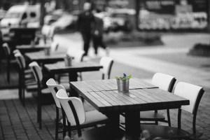 restaurant-766050_1920