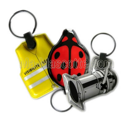 Custom Made luminous Keychains (custom made keychain).