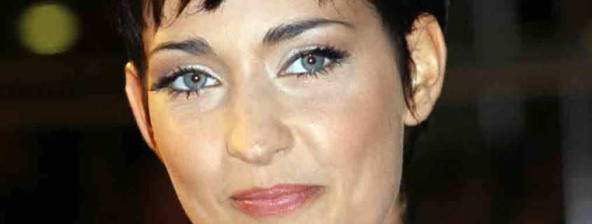 La jeune chanteuse Sheryfa Luna qui met fin à sa carrière.
