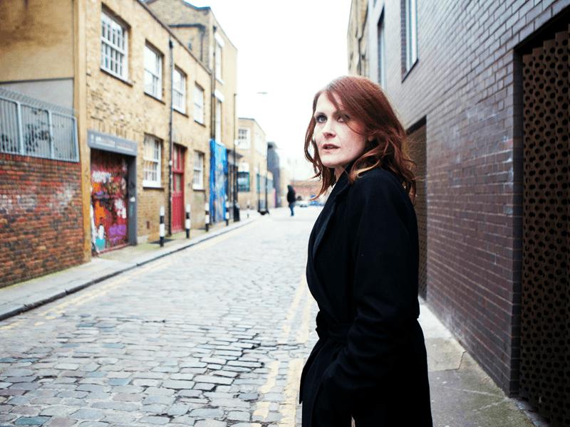 portrait de l'artiste britannique Alison Moyet lors de la sortie de son album Other