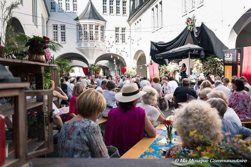 Présence de l'artiste française Garance aux manifestations de l' Altstdtfest de Sarrebrücken
