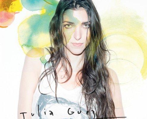 """pochette de la version radio édit du titre """"Le Train"""" de l'artiste française Julia Guez"""