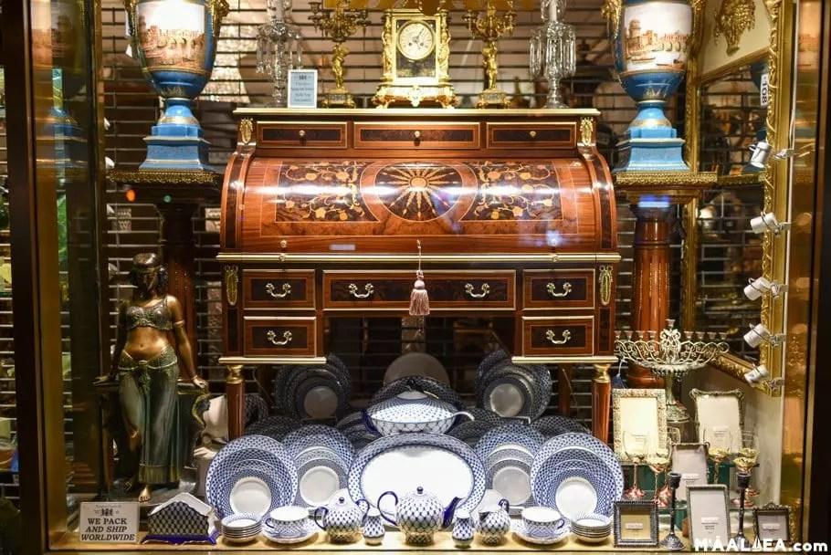 Wailuku antiques