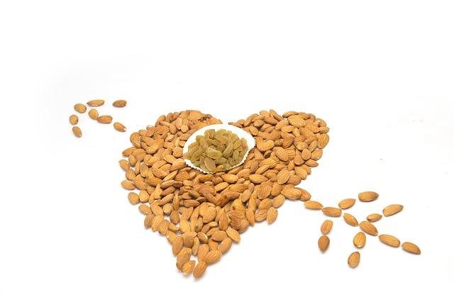 Almonds can lower heart disease risk in diabetes.