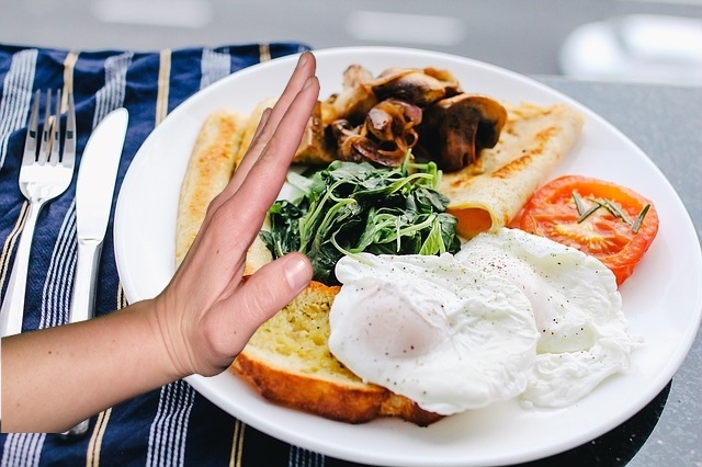 Skipping breakfast is related to risk of health problems