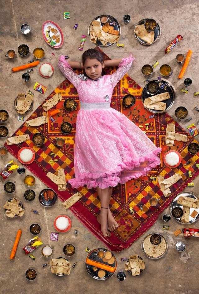 Anchal Sahni, 10 jaar, Chembur, Mumbai ©Gregg Segal