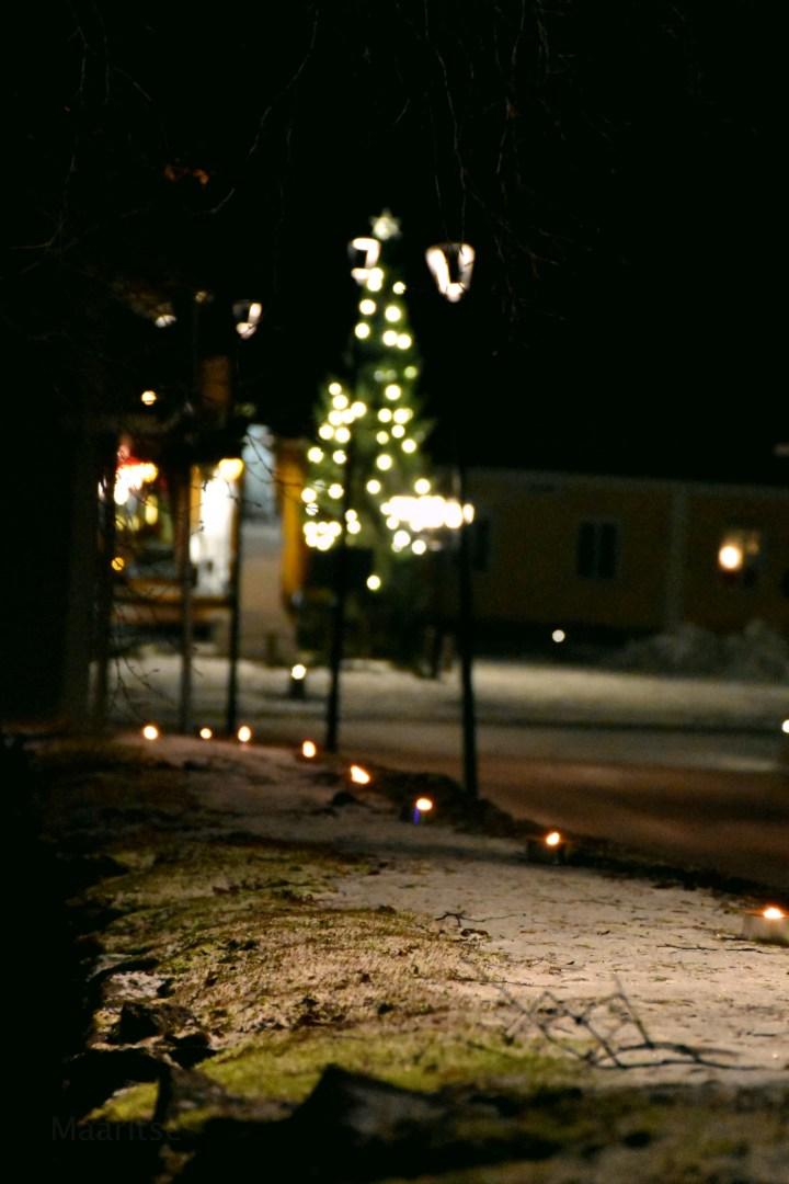 makrotex_joulukuu_maaritse_kirkonmuuri