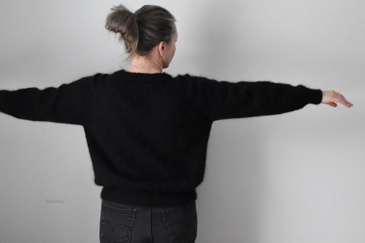 maaritse_ingen_frills_sweater_top_down