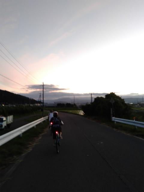 中野東山サンセットライド