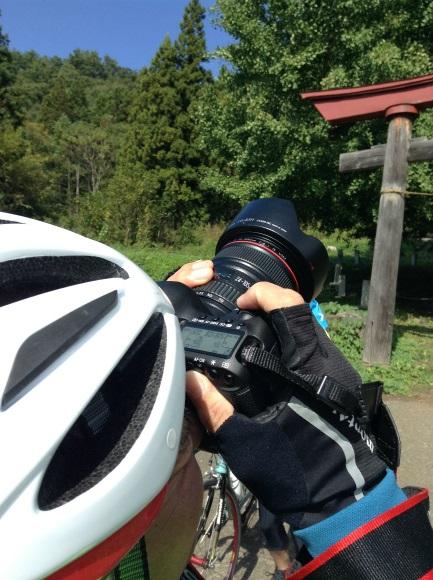 飯山巨木を巡るサイクリング カメラマン